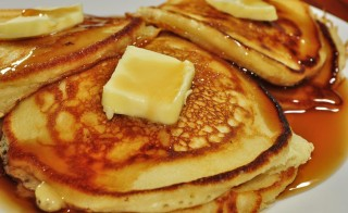 Pancakes and maple syrup: a classic. (Photo courtesy of Flickr user jeffreyw)