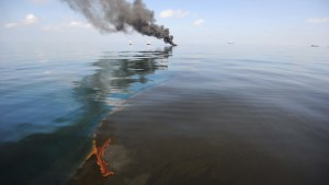 Massive Oil Slick Threatens U.S. Gulf Coast