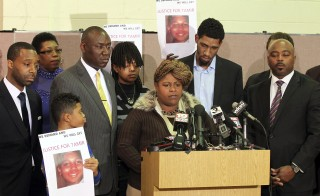 Samaria Rice, the mother of Tamir Rice, the 12-year old boy who was fatally shot by police last month while carrying what turned out to be a replica toy gun, speaks during a news conference in Cleveland, Ohio Dec. 8, 2014.  The mother of a 12-year-old Cleveland boy fatally shot by police last month broke her silence on Monday, saying the officers involved should be criminally convicted. Photo by Aaron Josefczyk/Reuters