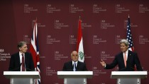 Britain's Foreign Secretary Hammond, Iraq's Prime Minister Haider al-Abadi and U.S. Secretary of State Kerry attend a press conference at the Foreign and Commonwealth Office in London
