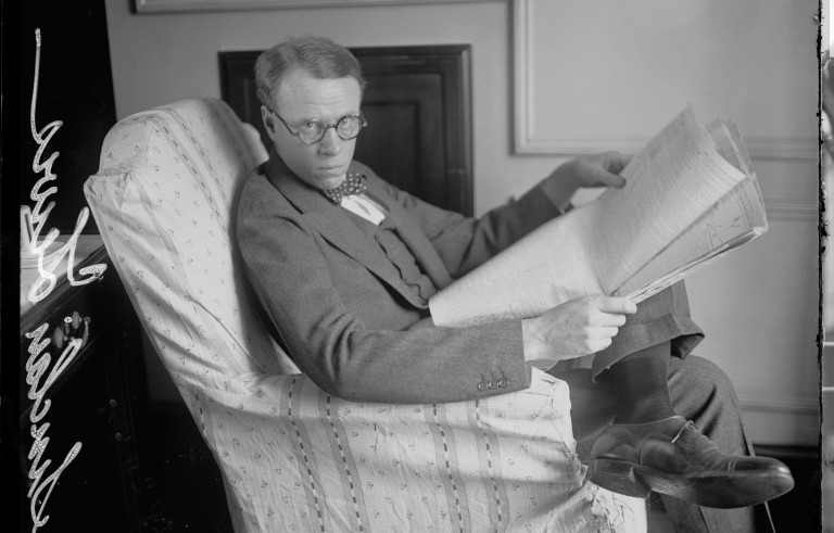 Sinclair Lewis, seen here in Chicago in 1922, Photo by Chicago History Museum/Getty Images