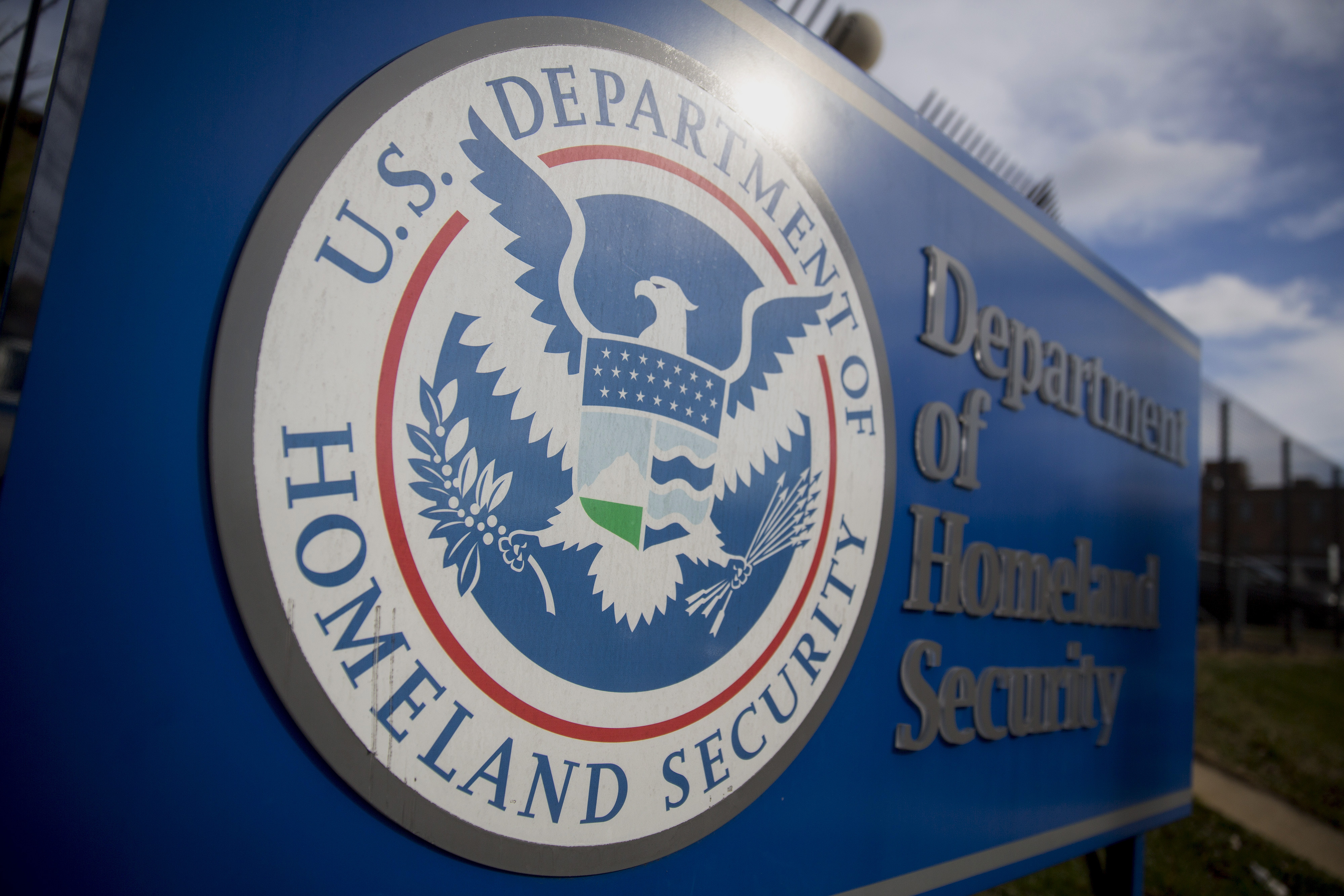 Congress has no plan to prevent a Homeland Security shutdown this week