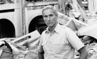 "CBS News Correspondent Bob Simon in Iraq for news special, ""Bob Simon: Back to Baghdad,"" originally broadcast on July 4, 1991. Image dated May 20, 1991. Photo by CBS via Getty Images"