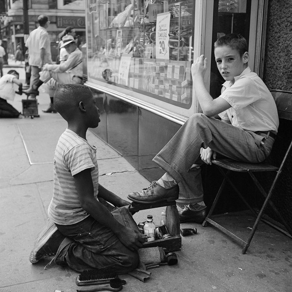 1954, New York, NY. Photo by Vivian Maier, courtesy the Maloof Collection/Howard Greenberg Galleries