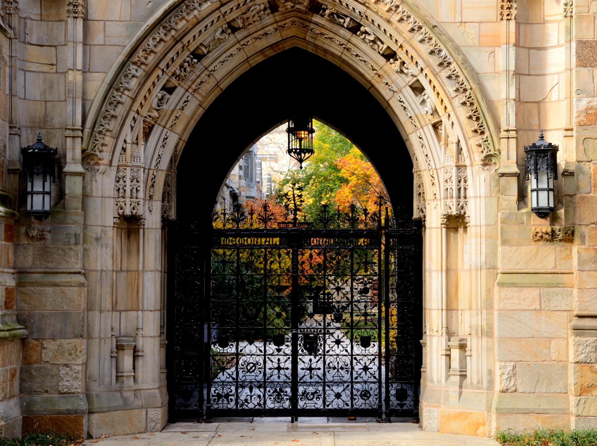 harvard business school admissions essays