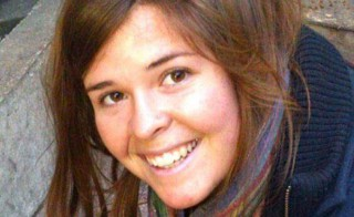 U.S. aid worker Kayla Jean Mueller has been confirmed dead, her parents and the Obama administration said Tuesday.