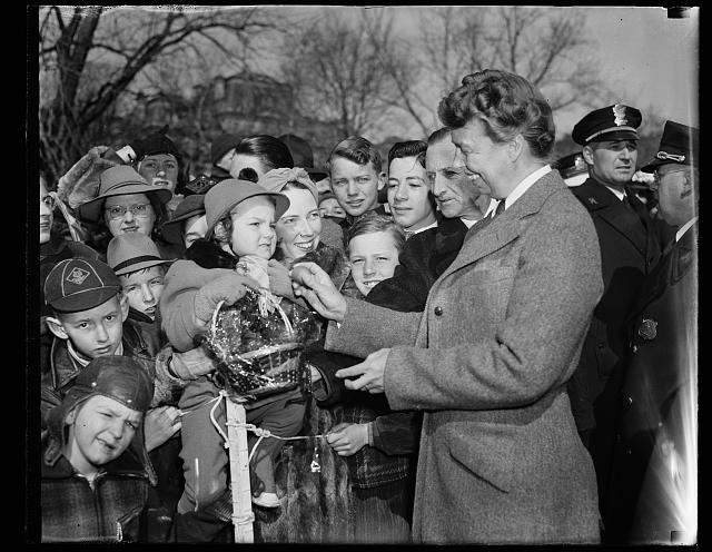 First Lady Eleanor Roosevelt wecomes first of Easter Egg Rollers, 1940.  (Photo credit: Harris & Ewing Collection, Library of Congress)