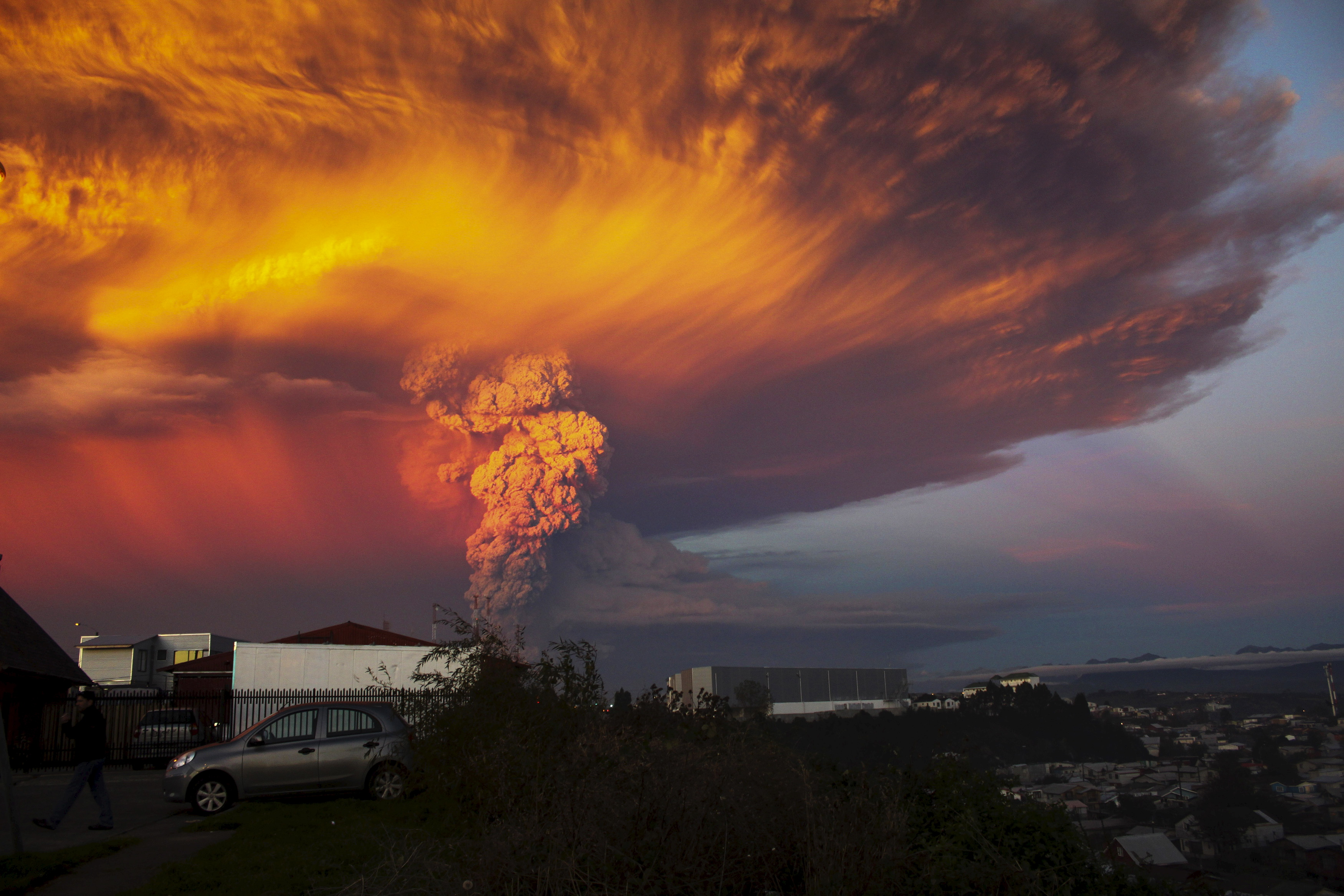 Photos: Chile's Calbuco volcano erupts for first time since 1972 ...