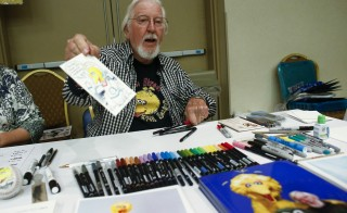 Caroll Spinney signs autographs during the Dean Martin Expo and Nostalgic, Comedy and Comic Convention featuring collections of memorabilia from 1950's and 60's in New York on June 28, 2014. Photo by Eduardo Munoz/Reuters