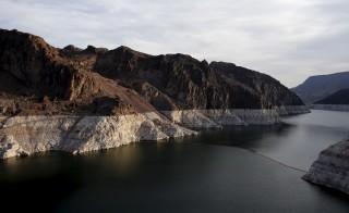 The depleted water level caused by a prolonged drought in the Western United States can be seen on Lake Mead in Nevada May 6, 2015.  REUTERS/Mike Blake  - RTX1BW0D