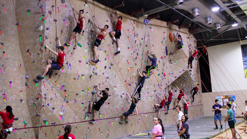 Climbing walls arent driving the rise in college tuition