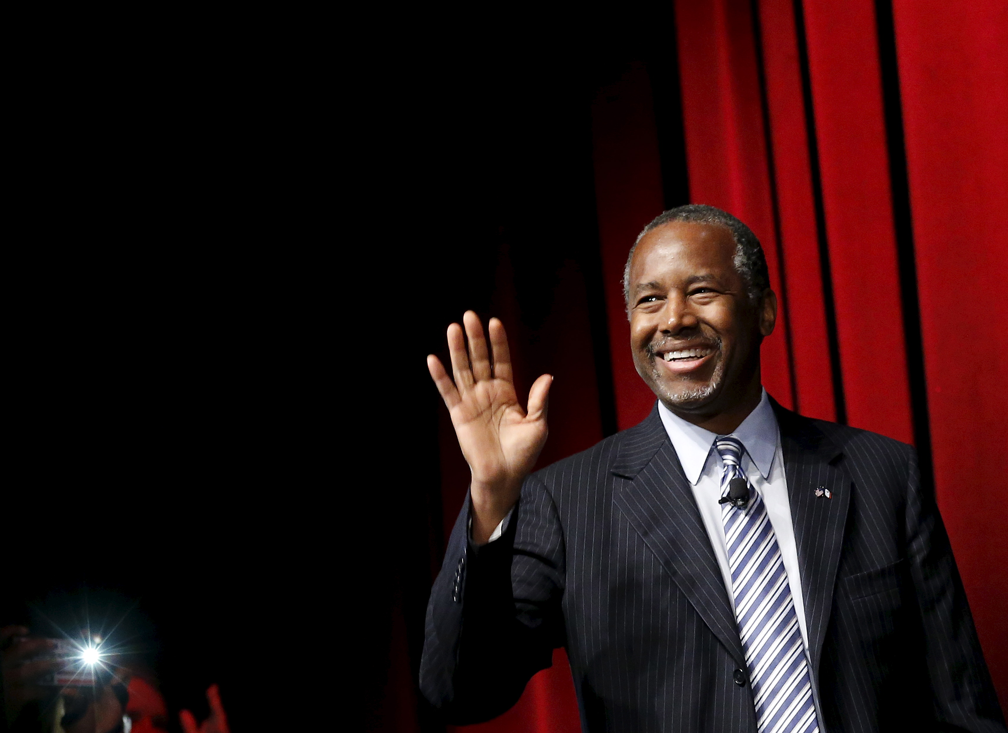 U.S. Republican presidential candidate Dr. Ben Carson arrives to speak at the Family Leadership Summit in Ames, Iowa, July 18, 2015. Photo by Jim Young/Reuters