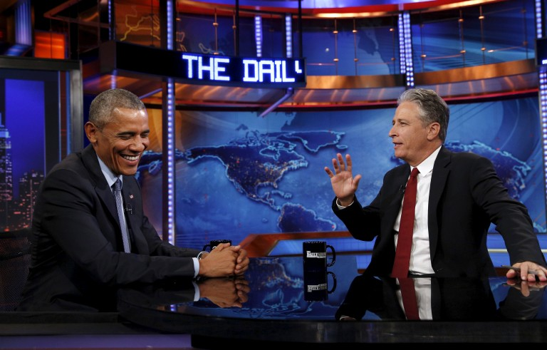 U.S. President Barack Obama makes an appearance on The Daily Show with Jon Stewart in New York July 21, 2015.  REUTERS/Kevin Lamarque  - RTX1L9NS