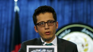 Syed Zafar Hashemi, a deputy spokesman for Afghanistan President Mohammad Ashraf Ghani,  speaks during a news conference in Kabul, Afghanistan July 29, 2015. The Afghan government is investigating reports that Mullah Omar, leader of the Afghan Taliban, is dead, a spokesman for the president's office said on Wednesday. REUTERS/Omar Sobhani  - RTX1M8TR