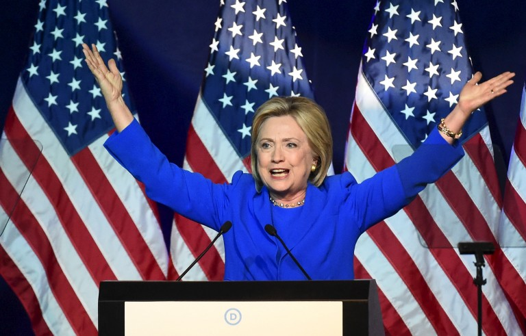 Democratic presidential candidate Hillary Clinton addresses the Democratic National Committee (DNC) Summer Meeting in Minneapolis, Minnesota, August 28, 2015. REUTERS/Craig Lassig - RTX1Q3JA