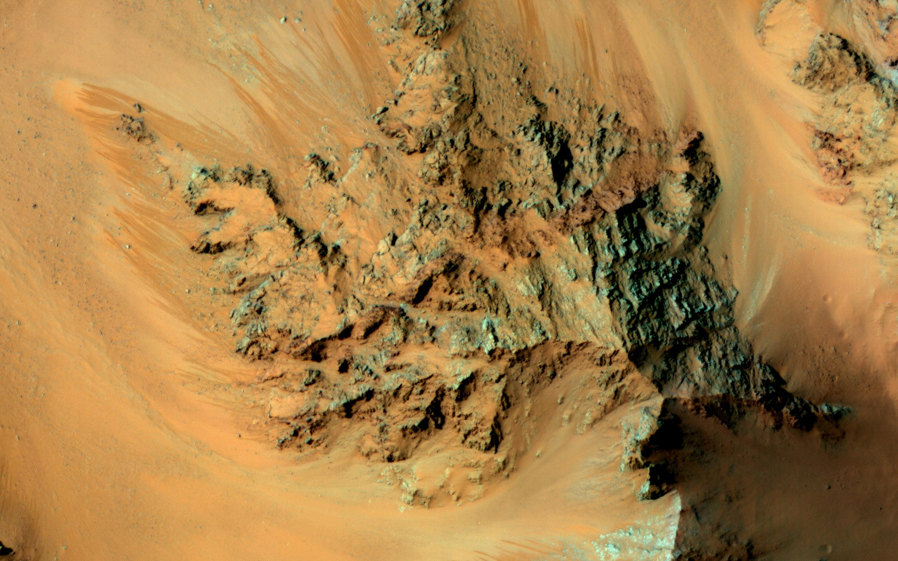 NASA solves part of the mystery about water on Mars