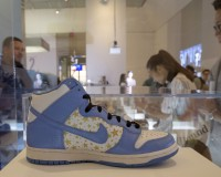 "A Nike Supreme Dunk High Pro SB is displayed during ""The Rise of the Sneaker Culture"" exhibit at the Brooklyn Museum in the Brooklyn borough of New York, July 8, 2015. REUTERS/Brendan McDermid   - RTX1JMDE"