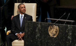 U.S. President Barack Obama sits while being introduced to address the United Nations General Assembly in New York September 28,  2015. REUTERS/Kevin Lamarque       TPX IMAGES OF THE DAY      - RTX1SW9T