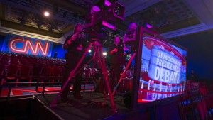 CNN camera operators man their cameras as they prepare for the first democratic presidential candidate debate at the Wynn Hotel in Las Vegas, Nevada October 13, 2015. Democratic candidates Hillary Clinton, Bernie Sanders, Martin O'Malley, Jim Webb and Lincoln Chafee will debate tonight in Las Vegas.    REUTERS/Mike Blake - RTS4BAV