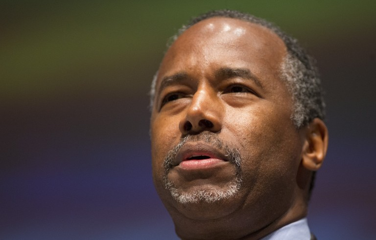 Ben Carson's campaign manager says the retired neurosurgeon will tour a major refugee camp on Friday and Saturday. Photo by Chris Keane/Reuters