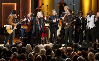 Willie Nelson receives a standing ovation at the close of the tribute concert. Photo by Shawn Miller.