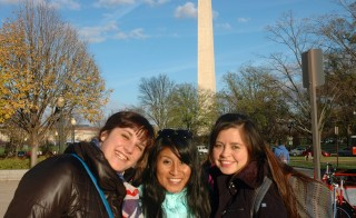 Au pairs gather together in front of the Washington Monument. Photo by Victoria Pasquantonio