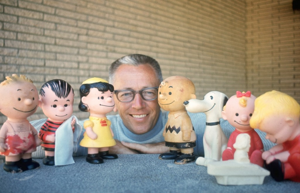 LOS ANGELES - JANUARY 1: Charles M. Schulz with a few of his Peanuts characters, including (from left) Linus (with blanket) Lucy van Pelt, Charlie Brown, and Snoopy. Image dated January 1, 1962. (Photo by CBS via Getty Images)