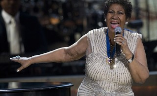 BET honoree singer Aretha Franklin performs onstage at BET Honors 2014 at Warner Theatre in Washington on February 8, 2014. REUTERS/Jose Luis Magana (UNITED STATES - Tags: ENTERTAINMENT) - RTX18G4S