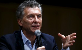 Argentina's president-elect Mauricio Macri gives a news conference in Buenos Aires, Argentina, November 23, 2015. Argentines assets rose broadly on Monday after conservative opposition challenger Macri scraped to victory in the presidential election, ending more than a decade of rule under the Peronist movementREUTERS/Enrique Marcarian - RTX1VFP1