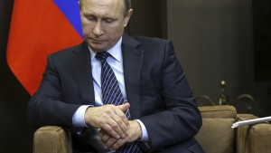 "Russian President Vladimir Putin attends a meeting with Jordan's King Abdullah at the Bocharov Ruchei state residence in Sochi, Russia November 24, 2015. Speaking before a meeting with Jordan's King Abdullah, Putin called Turkey's downing of a Russian fighter jet ""a stab in the back"" carried out by the accomplices of terrorists, saying the incident would have serious consequences for Moscow's relations with Ankara. REUTERS/Maxim Shipenkov/Pool      TPX IMAGES OF THE DAY           - RTX1VLRB"