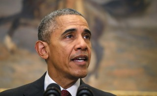 President Barack Obama delivers a statement in the Roosevelt Room of the White House in Washington November 25, 2015. Obama spoke to the media after meeting in the Situation Room with his national security advisers, in the wake of the tragic attacks in Paris and ahead of the holiday season.   REUTERS/Carlos Barria - RTX1VTND