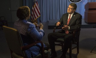 Secretary of Defense Ash Carter speaks with PBS NewsHour's Gwen Ifill during an interview at the Pentagon, Dec. 3, 2015. DoD photo by Senior Master Sgt. Adrian Cadiz