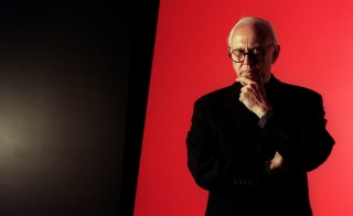 CA.kelly#1.1030.CW Prominent New York artist Ellsworth Kelly's big retrospective exhibition is traveling from the Gugenheim Museum in New York to LA's MOCA. He was photographed in front of one of his huge pieces at Peter Carlson Enterprises, Sun Valley.  (Photo by Clarence Williams/Los Angeles Times via Getty Images)