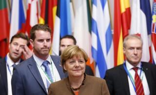 Germany's Chancellor Angela Merkel leaves a European Union leaders summit in Brussels, Belgium, December 18, 2015. REUTERS/Francois Lenoir  - RTX1Z9H8