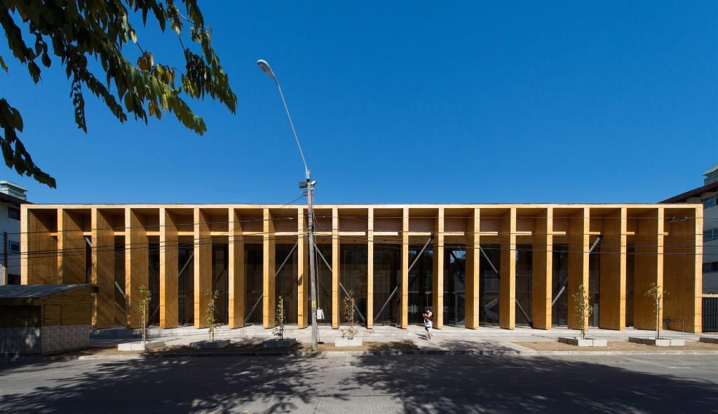 Constitución Cultural Center in Chile (2014). Photo by Felipe Diaz