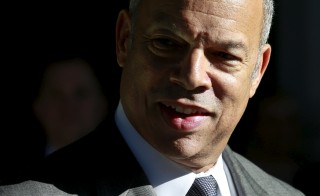 Department of Homeland Security (DHS) Secretary Jeh Johnson talks to the media about holiday travel at Union Station in Washington, November 25, 2015. REUTERS/Yuri Gripas - RTX1VU3K