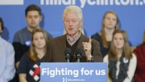 Former U.S. President Bill Clinton addresses a campaign rally for his wife, Democratic presidential candidate Hillary Clinton, in Nashua, New Hampshire January 4, 2016. REUTERS/Brian Snyder - RTX2101H