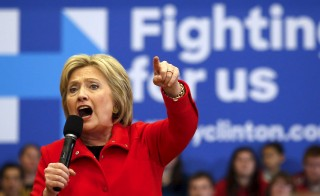 U.S. Democratic presidential candidate Hillary Clinton speaks during a campaign rally at Washington High School in Cedar Rapids, Iowa January 30, 2016.  The former secretary of state has increasingly used her Democratic rival Bernie Sanders' rhetoric when discussing her policy plans for the presidency. Adrees Latif/Reuters