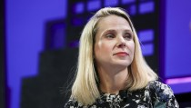 Marissa Mayer, President and CEO of Yahoo, participates in a panel discussion at the 2015 Fortune Global Forum in San Francisco, California November 3, 2015. REUTERS/Elijah Nouvelage - RTX1UN5P