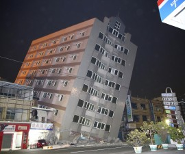 A building is damaged from an earthquake in Tainan, February 6, 2016. REUTERS/Stringer      TPX IMAGES OF THE DAY                 EDITORIAL USE ONLY. NO RESALES. NO ARCHIVE - RTX25O13