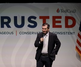 U.S. Republican presidential candidate and Texas Senator Ted Cruz, speaks at a rally at Ground Zero in Myrtle Beach, South Carolina, February 10, 2016.  REUTERS/Randall Hill - RTX26E0U