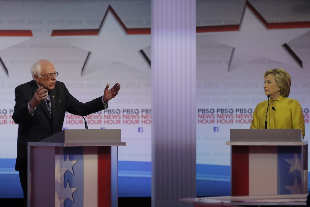 Democratic debate: Clinton, Sanders vigorously agree - except when they don't