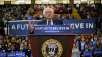 U.S. Democratic presidential candidate and U.S. Senator Bernie Sanders speaks at a campaign rally in Berea, Ohio February 25, 2016.  REUTERS/Brian Snyder - RTX28KNA