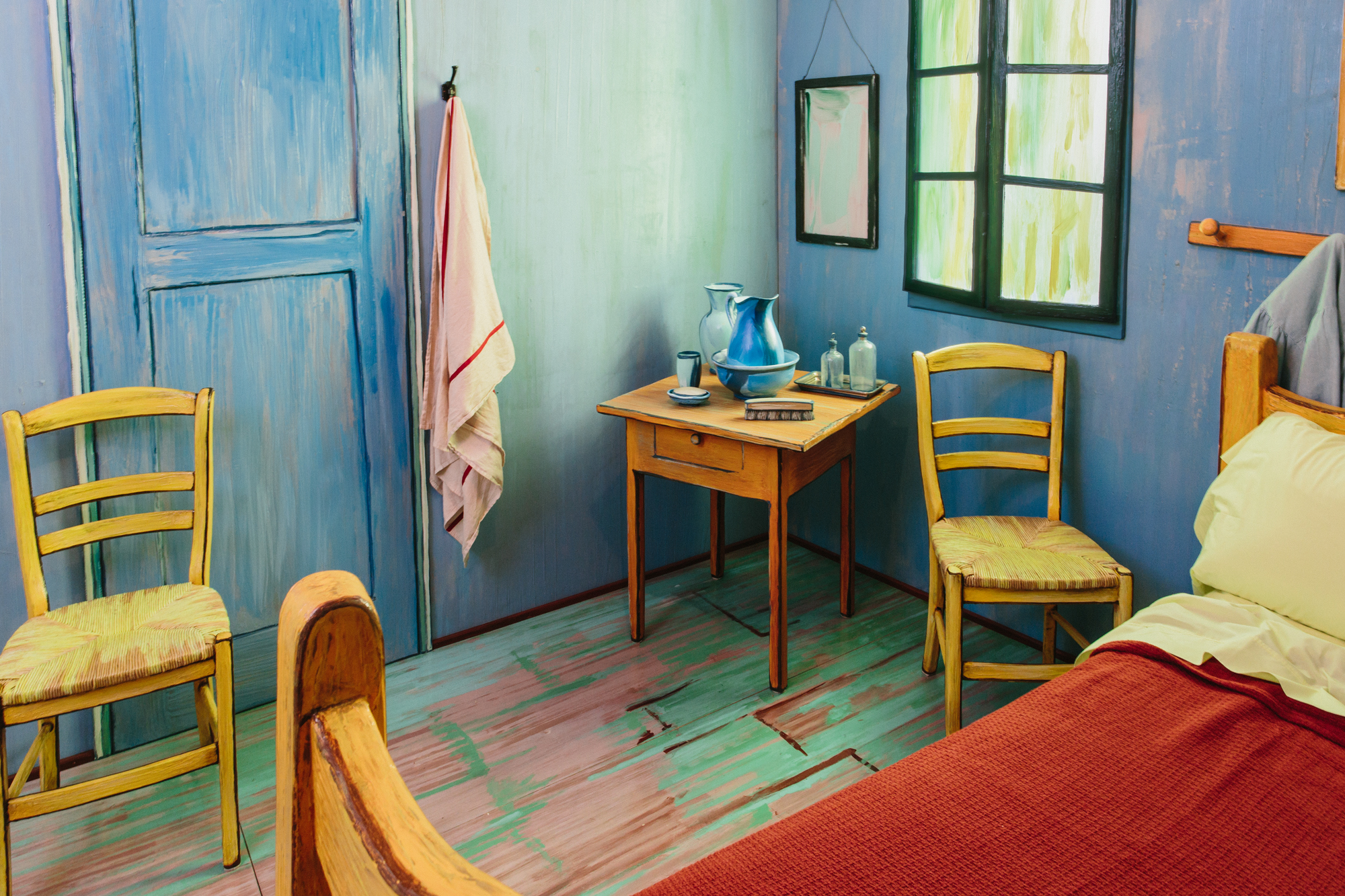 Stay in a life-size replica of a Van Gogh painting for $10 a night ...