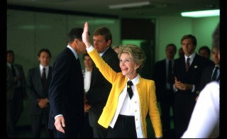 38042 60: Nancy Reagan waves to the press September 23, 1985 after surveying the damage in Mexico City, Mexico. An earthquake registering 8.1 on the Richter scale hit central Mexico on September 19, 1985 causing damage to about five hundred buildings in Mexico City and killing over eight thousand people. (Photo by Diana Walker/Liaison)