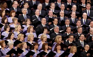The Mormon Tabernacle Choir sings at the first session of the The Church of Jesus Christ of Latter-day Saints' 185th Annual General Conference in Salt Lake City, Utah April 4, 2015.  REUTERS/George Frey - RTR4W3YK
