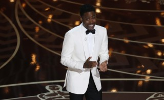 Comedian Chris Rock hosts the 88th Academy Awards in Hollywood, California February 28, 2016.    REUTERS/Mario Anzuoni   - RTS8FYC