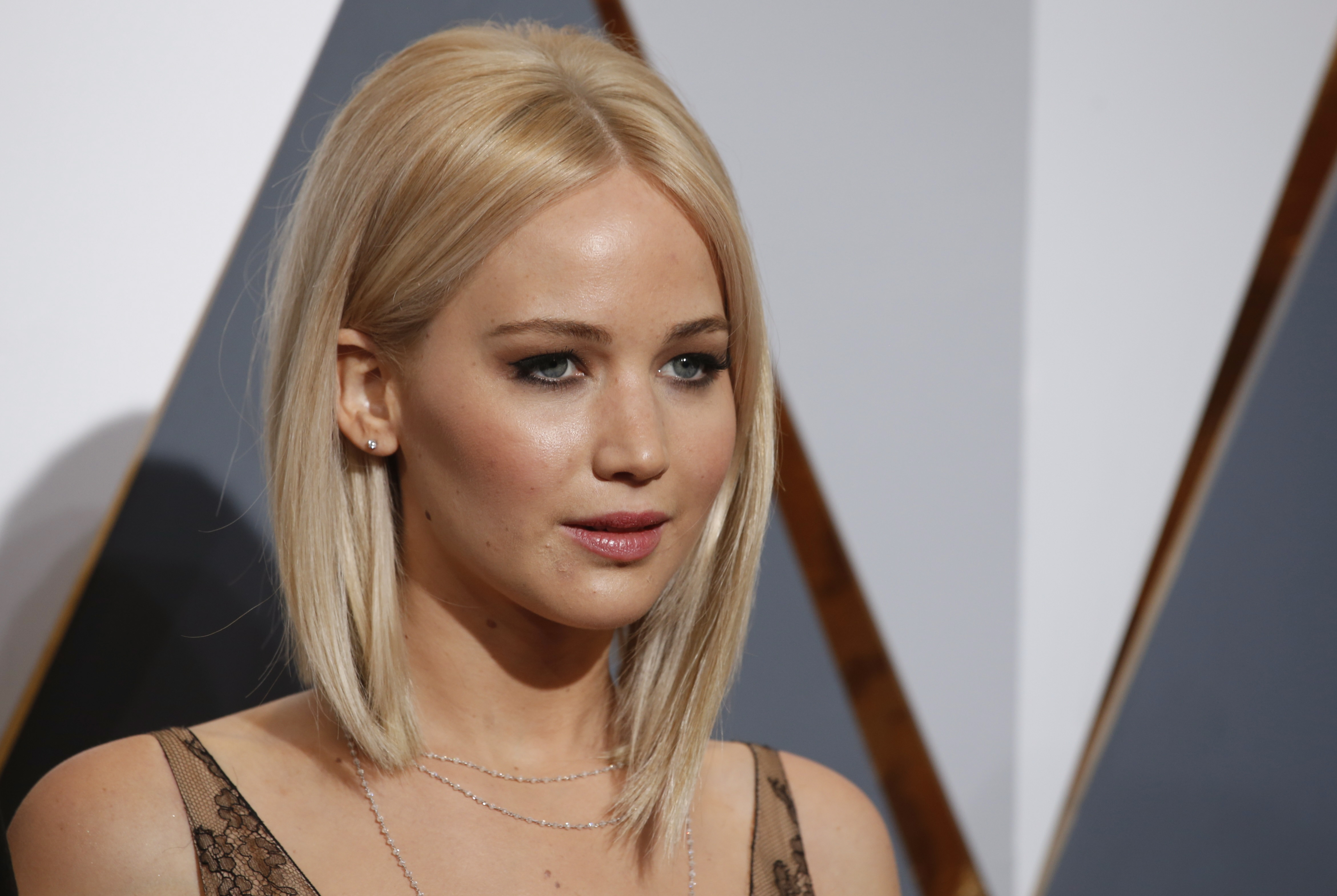 ... nude photos of female celebrities will plead guilty | PBS NewsHour
