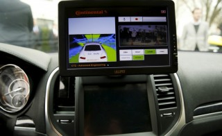 The computer screen in an autonomous prototype Continental Chrysler 300C sedan is seen during an event featuring numerous self-driving cars on Capitol Hill in Washington March 15, 2016. Photo by Gary Cameron/Reuters