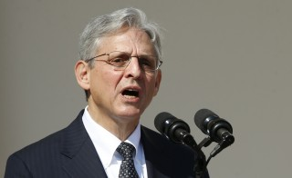 Appeals Court Judge Merrick Garland speaks in the Rose Garden of the White House after being nominated by President Barack Obama (not pictured) to the U.S. Supreme Court in Washington March 16, 2016.       REUTERS/Kevin Lamarque  - RTSAQQI